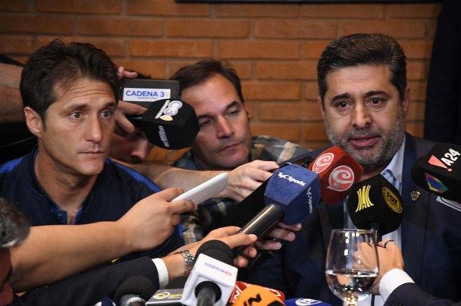 Rueda de prensa de presidente y entrenador de Boca Juniors